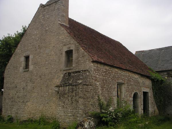 En vente belle maison ancienne a restaurer moutiers d partement 28 eure et loir - Restaurer cheminee ancienne ...