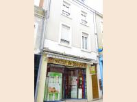 To sell RENTING BUILDING Vierzon Cher